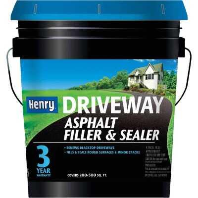 Henry 4.75 Gal. Blacktop Driveway Filler and Sealer, 3 Year